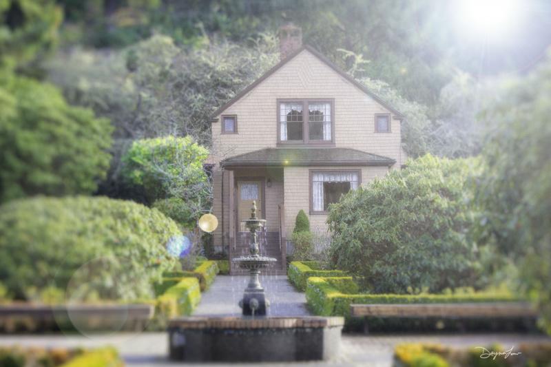 """""""Shore Acres Cottage"""""""